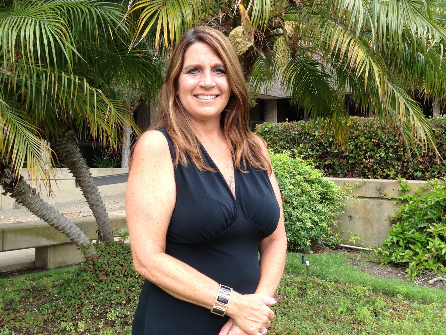 Laura Hutchinson South Coast Commercial Brokerage Amp Property Management